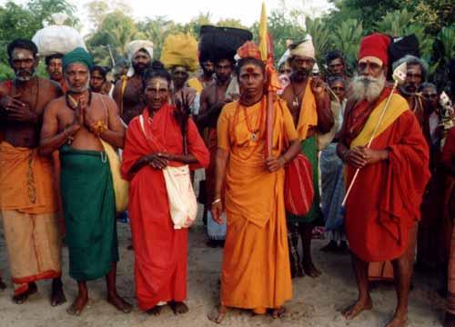 2002: South Indian and Sri Lankan Tamil Pāda Yātrā pilgrims