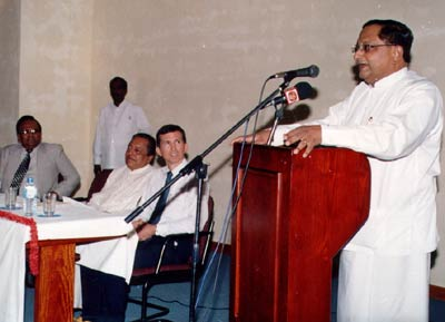 Sri Lankan Foreign Minister Tyronne Fernando addresses the 2002 Pada Yatra launch